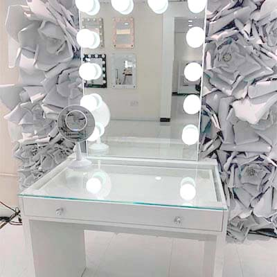 Vanity Catalina con espejo chico 2